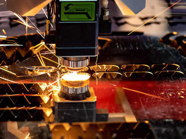 Students of University of Michigan building the most powerful laser in US
