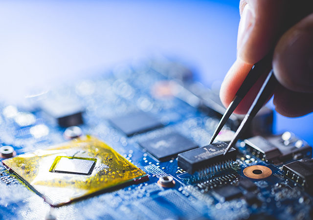 New insulation technique for smaller and more powerful chips