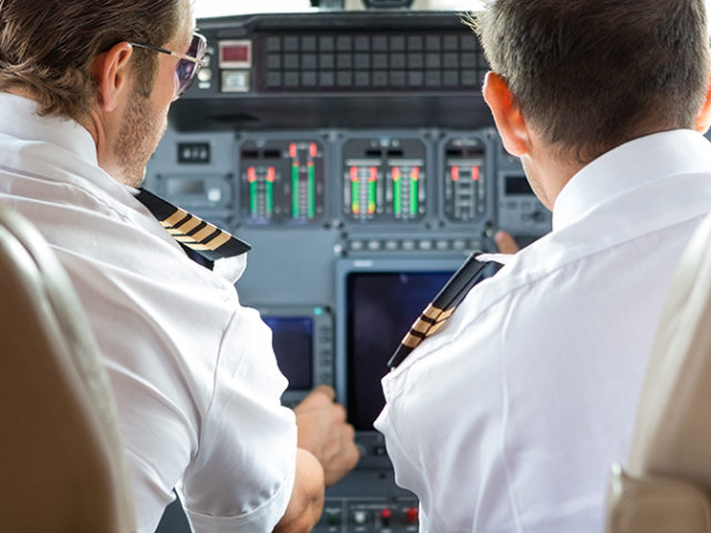 Eye-tracking technology for pilots training